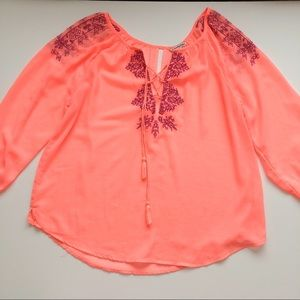 American Eagle blouse Embroidered